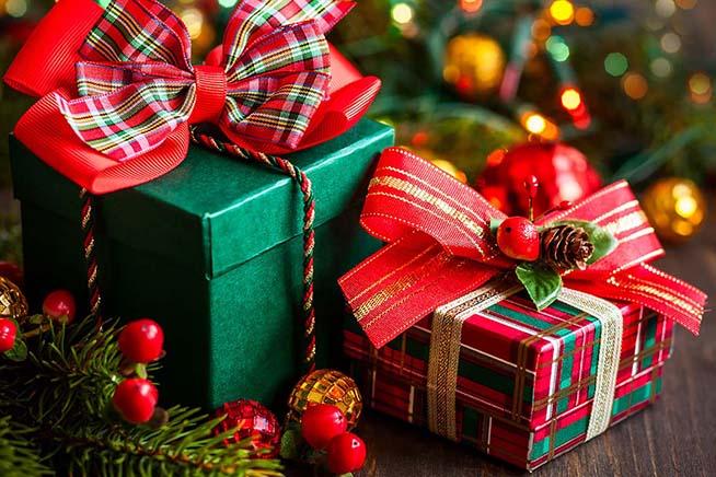 Romantic Christmas Gifts